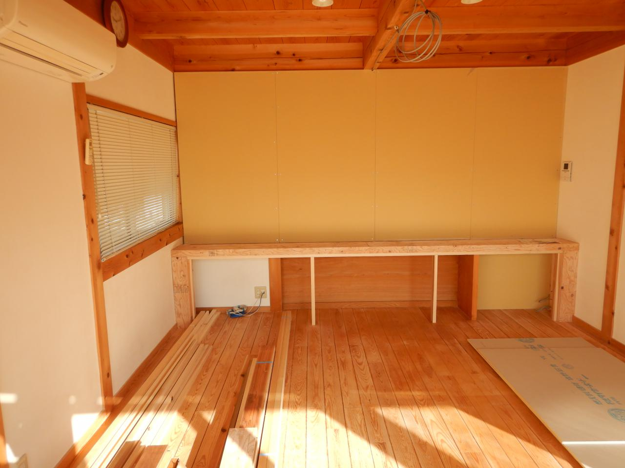 事務所のミーティング室